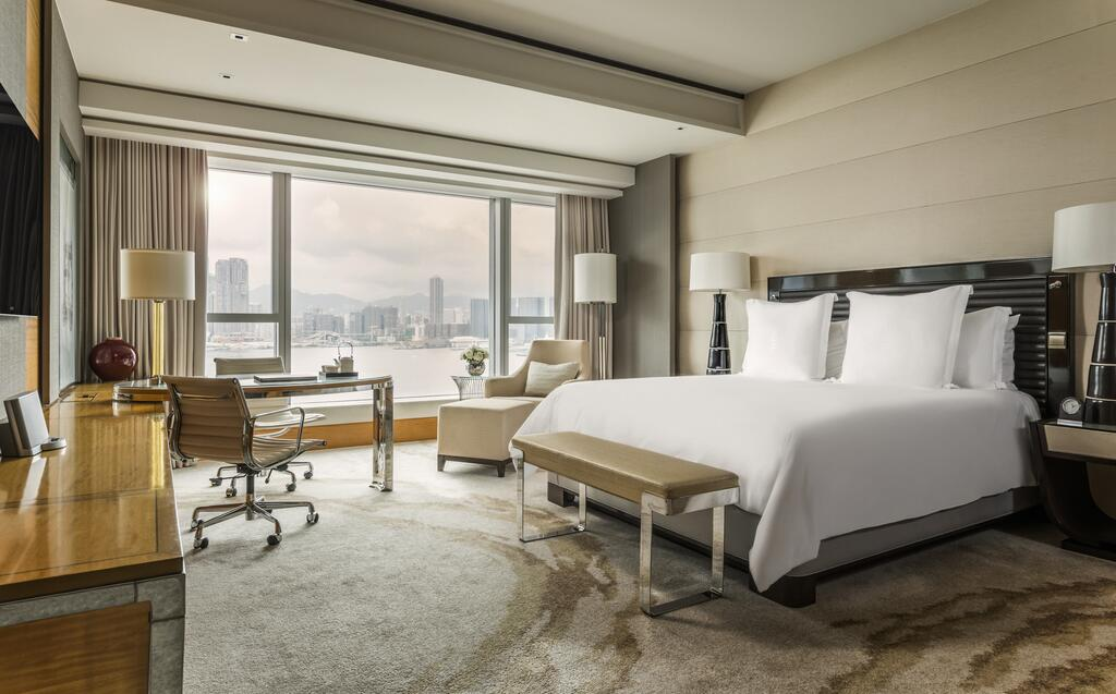 best place to stay in Hong Kong - Four Seasons