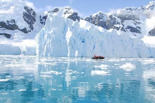 ocean surrounding Antarctica