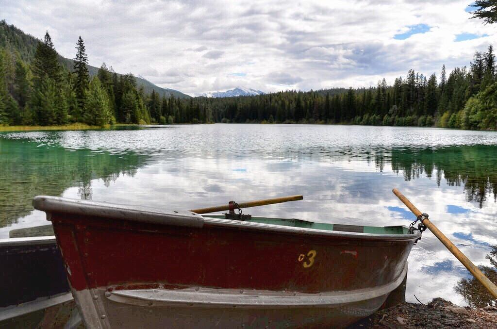 Valley of the Five Lakes boating