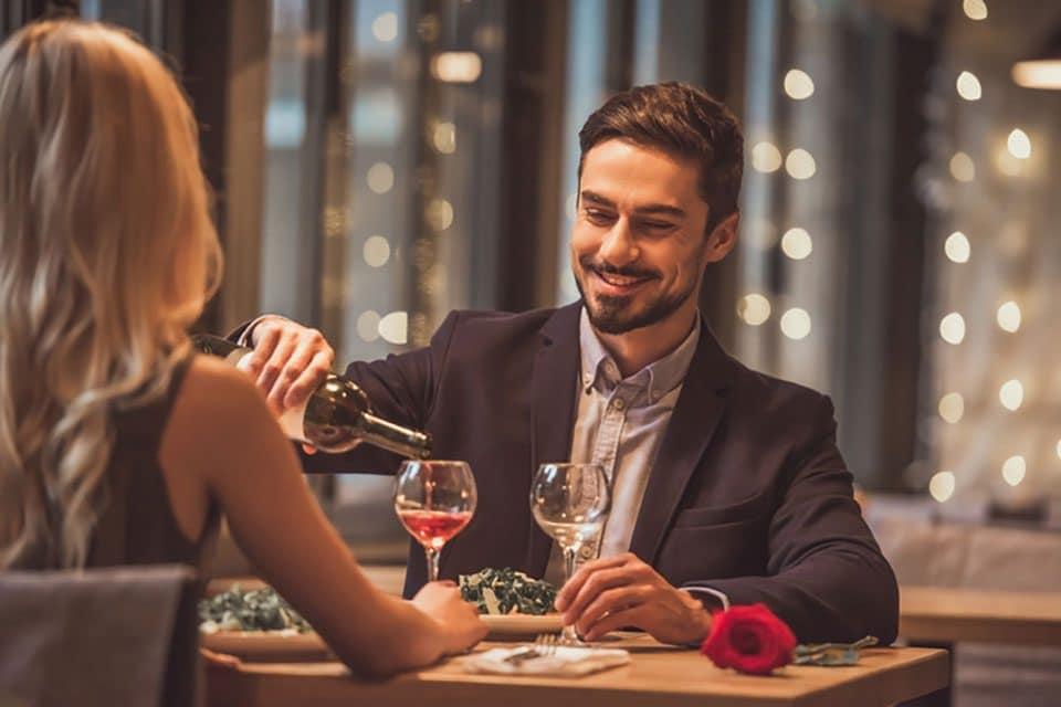 dining at romantic restaurants