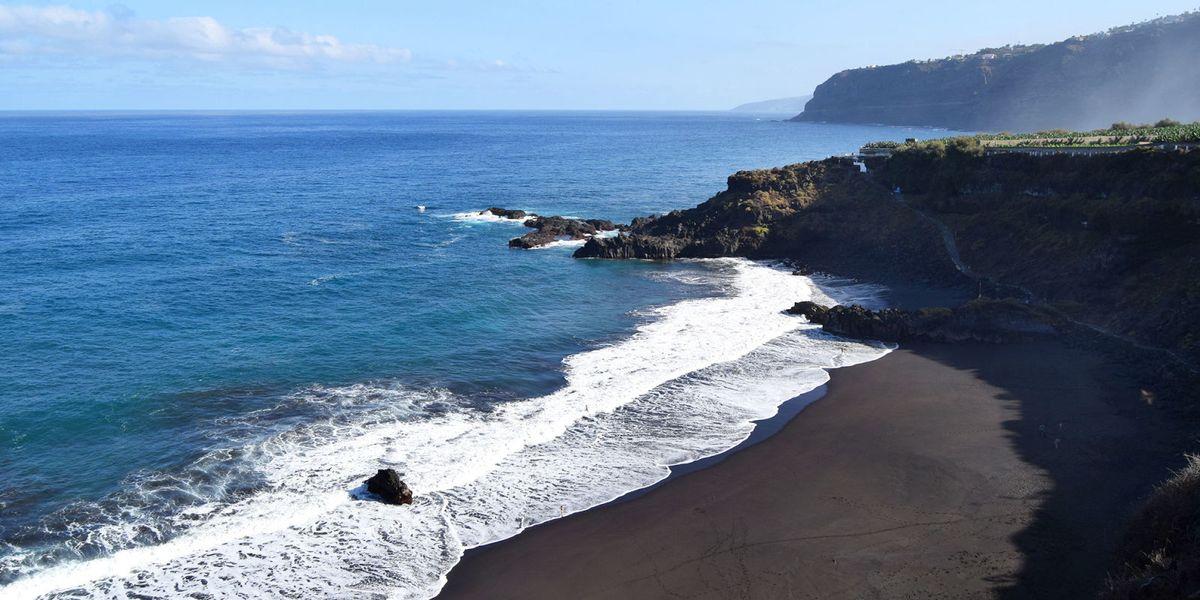 Golden Bay - another black sand beach