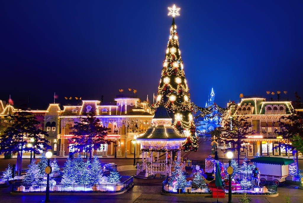 Paris in December markets