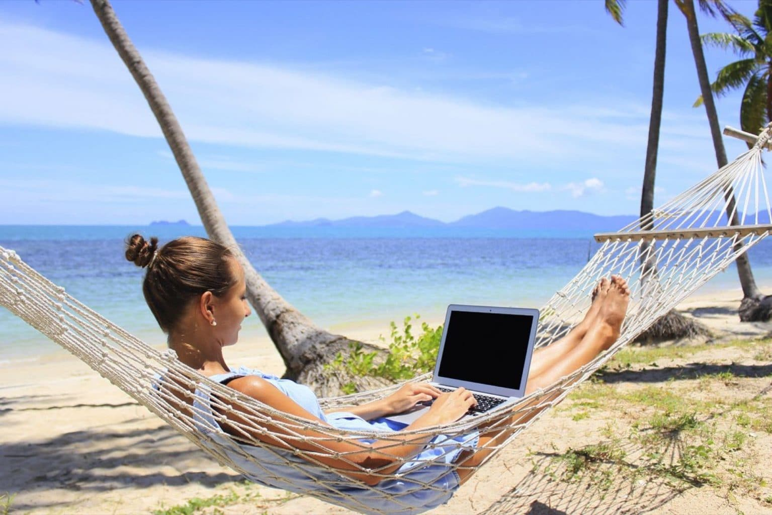 jobs that require travel with no experience